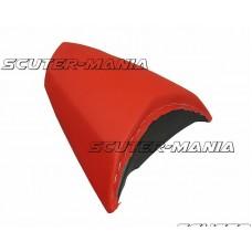 Imbracaminte sa pasager Opticparts DF rosie pentru Peugeot Jetforce