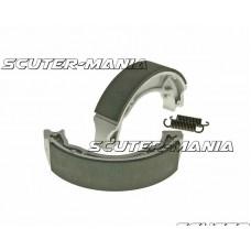 brake shoe set 130x28mm pentru drum brake pentru Aprilia Scarabeo 100 2-stroke, MBK Booster 100, Yamaha Aerox 100